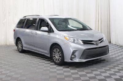Commercial Wheelchair Vans for Sale - 2018 Toyota Sienna XLE ADA Compliant Vehicle VIN: 5TDYZ3DC8JS910363