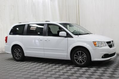 Commercial Wheelchair Vans for Sale - 2017 Dodge Grand Caravan SXT ADA Compliant Vehicle VIN: 2C4RDGCG4HR567259