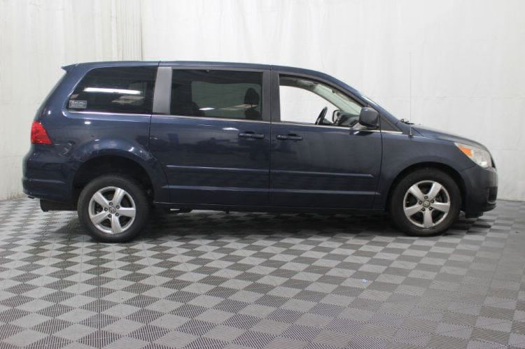 2009 Volkswagen Routan SE Wheelchair Van For Sale #3