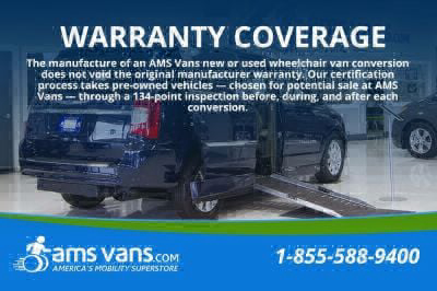 2004 Chrysler Town and Country Wheelchair Van For Sale -- Thumb #38
