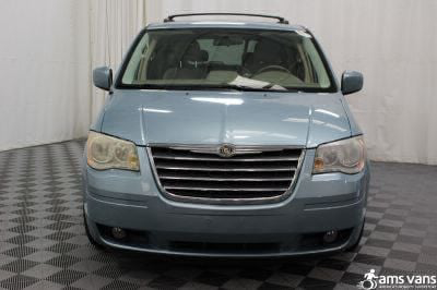 2010 Chrysler Town and Country Wheelchair Van For Sale -- Thumb #18