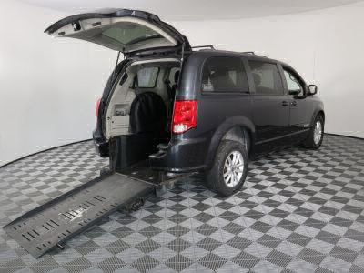 Commercial Wheelchair Vans for Sale - 2014 Dodge Grand Caravan SXT ADA Compliant Vehicle VIN: 2C4RDGCG4ER121401