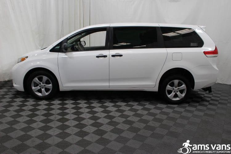 2013 Toyota Sienna L Wheelchair Van For Sale #13