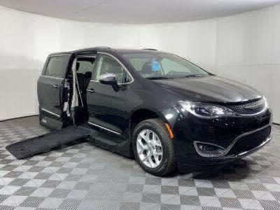 Handicap Van for Sale - 2020 Chrysler Pacifica Limited Wheelchair Accessible Van VIN: 2C4RC1GG5LR114562