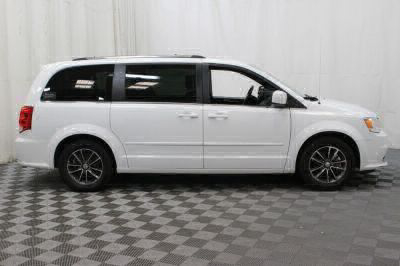 Commercial Wheelchair Vans for Sale - 2017 Dodge Grand Caravan SXT ADA Compliant Vehicle VIN: 2C4RDGCG9HR672959