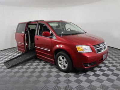 Used Wheelchair Van for Sale - 2009 Dodge Grand Caravan SXT Wheelchair Accessible Van VIN: 2D8HN54159R687582