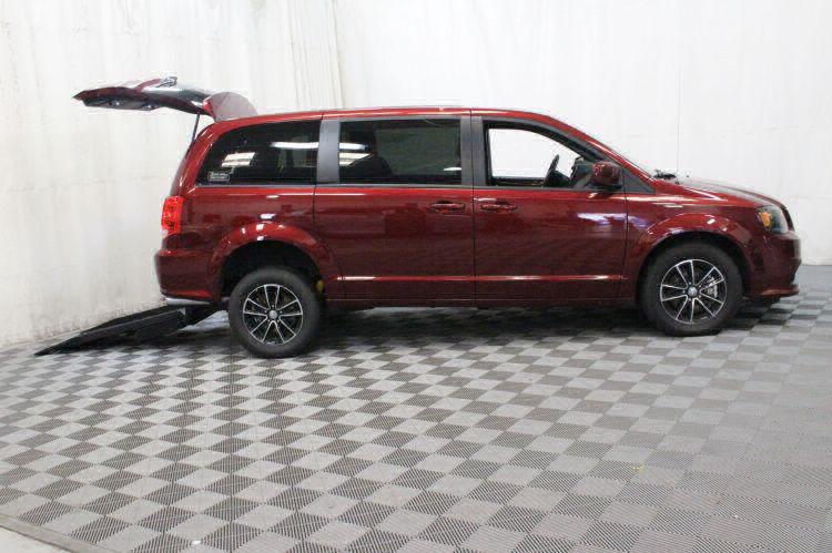 2018 Dodge Grand Caravan SE Plus Wheelchair Van For Sale #2