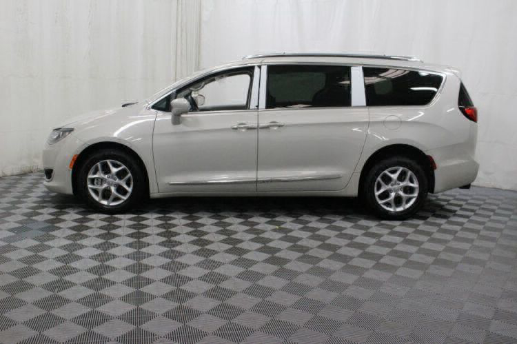 2017 Chrysler Pacifica Touring-L Plus Wheelchair Van For Sale #10