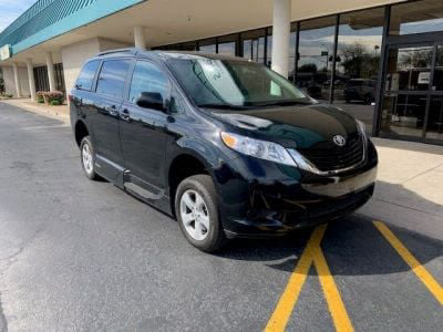 Used Wheelchair Van for Sale - 2017 Toyota Sienna LE Wheelchair Accessible Van VIN: 5TDKZ3DC0HS890433