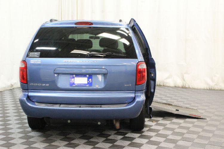 2007 Dodge Grand Caravan SXT SXT Wheelchair Van For Sale #3