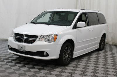 2017 Dodge Grand Caravan Wheelchair Van For Sale -- Thumb #14