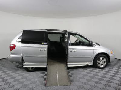 Used Wheelchair Van for Sale - 2007 Dodge Grand Caravan SXT Wheelchair Accessible Van VIN: 2D4GP44L47R362065