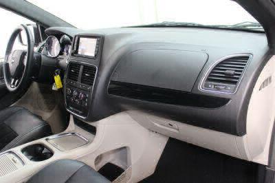 2017 Dodge Grand Caravan Wheelchair Van For Sale -- Thumb #27