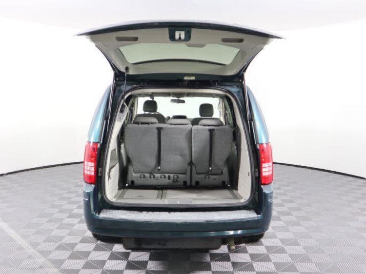 2009 Chrysler Town and Country LX Wheelchair Van For Sale #23