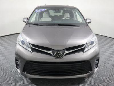2018 Toyota Sienna Wheelchair Van For Sale -- Thumb #34