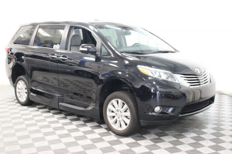 2017 Toyota Sienna Limited Wheelchair Van For Sale #12