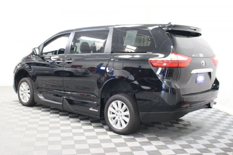2017 Toyota Sienna Limited Wheelchair Van For Sale #18