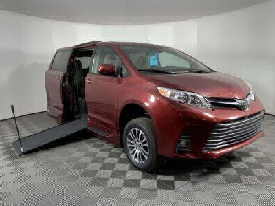 New Wheelchair Van for Sale - 2020 Toyota Sienna XLE Wheelchair Accessible Van VIN: 5TDYZ3DC0LS084398