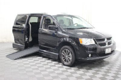 Handicap Van for Sale - 2017 Dodge Grand Caravan SXT Wheelchair Accessible Van VIN: 2c4rdgcg6hr737931