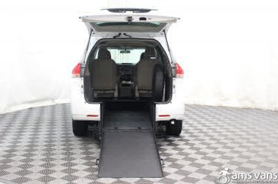 2013 Toyota Sienna Wheelchair Van For Sale -- Thumb #2