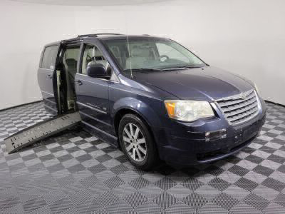 Used Wheelchair Van for Sale - 2009 Chrysler Town & Country Touring Wheelchair Accessible Van VIN: 2A8HR54169R640251