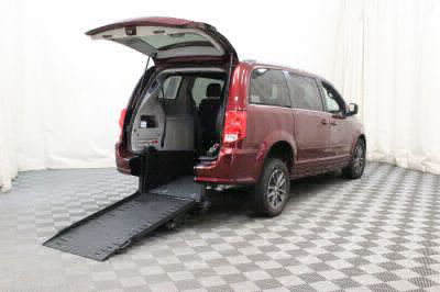 Commercial Wheelchair Vans for Sale - 2017 Dodge Grand Caravan SXT ADA Compliant Vehicle VIN: 2C4RDGCG3HR567043