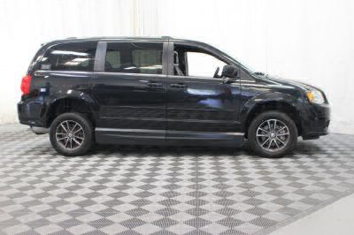 2017 Dodge Grand Caravan Wheelchair Van For Sale -- Thumb #6