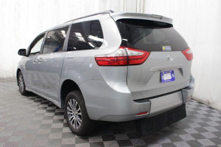 2019 Toyota Sienna XLE Wheelchair Van For Sale #29