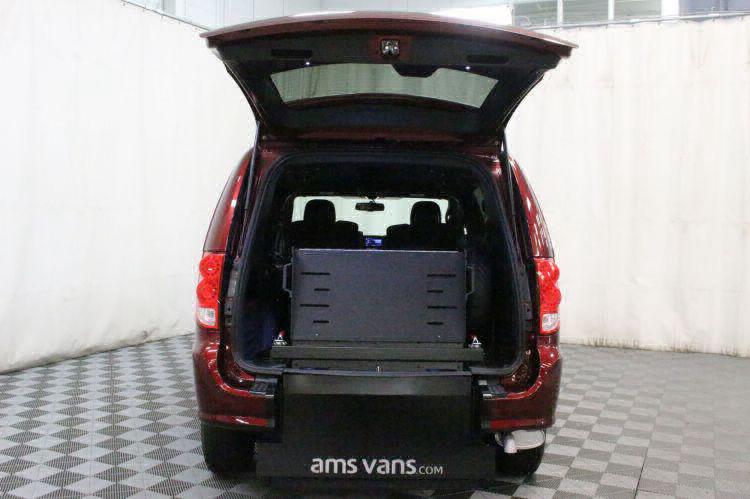 2018 Dodge Grand Caravan SE Plus Wheelchair Van For Sale #3