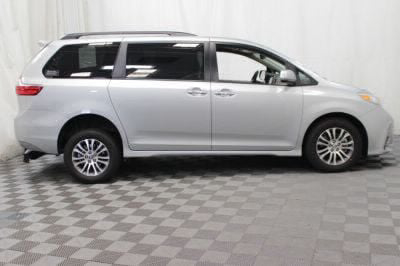 2019 Toyota Sienna Wheelchair Van For Sale -- Thumb #6