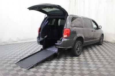 Commercial Wheelchair Vans for Sale - 2017 Dodge Grand Caravan GT ADA Compliant Vehicle VIN: 2C4RDGEG9HR814627