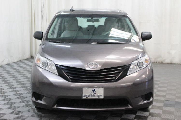 2014 Toyota Sienna L Wheelchair Van For Sale #16