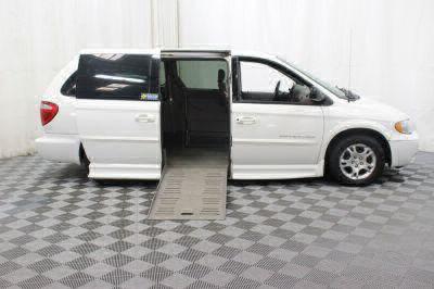 2002 Dodge Grand Caravan Wheelchair Van For Sale -- Thumb #3