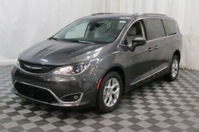 2017 Chrysler Pacifica Wheelchair Van For Sale -- Thumb #32