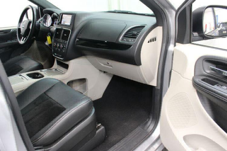 2017 Dodge Grand Caravan SXT Wheelchair Van For Sale #28