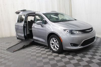 Handicap Van for Sale - 2017 Chrysler Pacifica Touring-L Plus Wheelchair Accessible Van VIN: 2C4RC1EG7HR756811