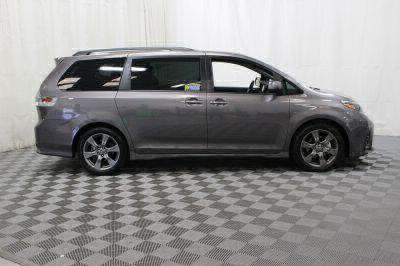 2018 Toyota Sienna Wheelchair Van For Sale -- Thumb #2