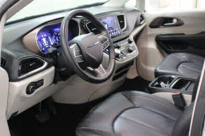 2018 Chrysler Pacifica Wheelchair Van For Sale -- Thumb #9