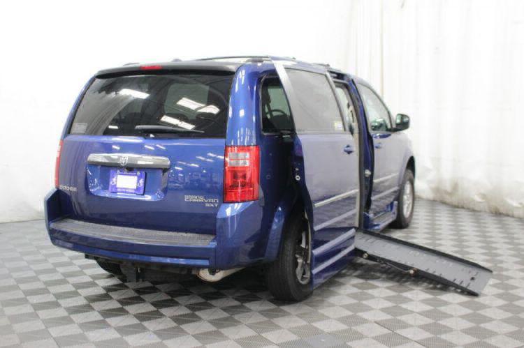 2010 Dodge Grand Caravan SXT Wheelchair Van For Sale #4