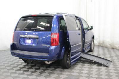 2010 Dodge Grand Caravan Wheelchair Van For Sale -- Thumb #4