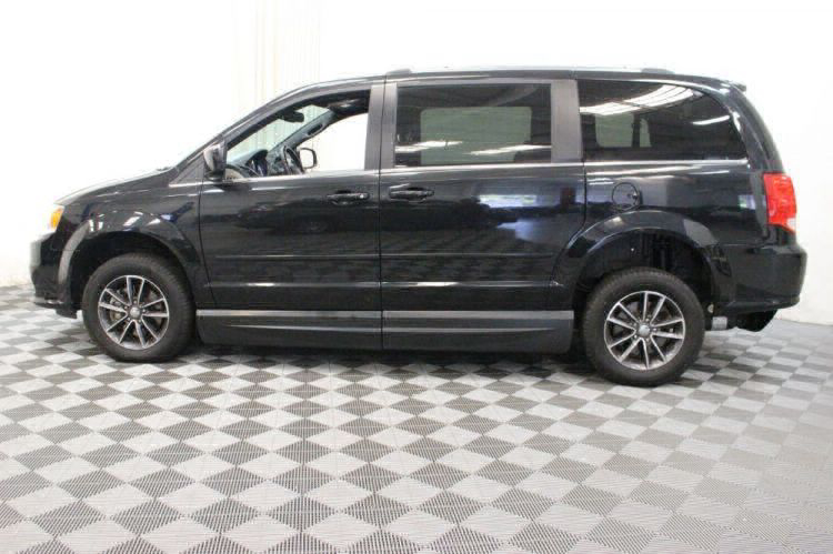 2017 Dodge Grand Caravan SXT Wheelchair Van For Sale #10