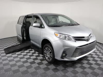 Handicap Van for Sale - 2019 Toyota Sienna XLE Wheelchair Accessible Van VIN: 5TDYZ3DC6KS003418