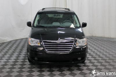 2009 Chrysler Town and Country Wheelchair Van For Sale -- Thumb #10