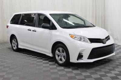2019 Toyota Sienna Wheelchair Van For Sale