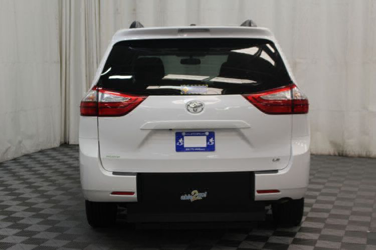 2015 Toyota Sienna LE Wheelchair Van For Sale #30