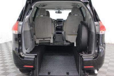 2014 Toyota Sienna Wheelchair Van For Sale -- Thumb #33