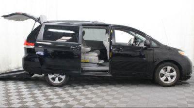 2014 Toyota Sienna Wheelchair Van For Sale -- Thumb #15