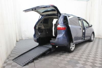 Commercial Wheelchair Vans for Sale - 2015 Toyota Sienna LE ADA Compliant Vehicle VIN: 5TDKK3DC8FS673164