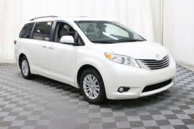 Commercial Wheelchair Vans for Sale - 2017 Toyota Sienna XLE ADA Compliant Vehicle VIN: 5TDYZ3DC5HS824308