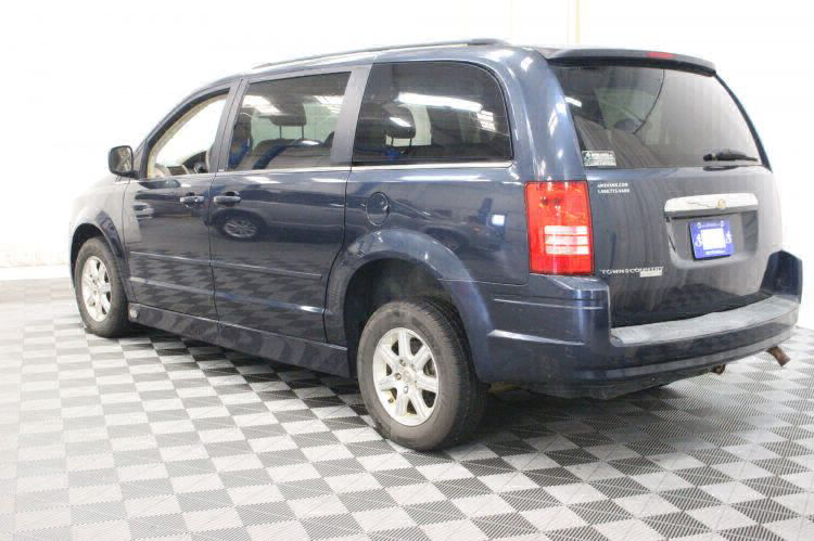 2008 Chrysler Town and Country Touring Wheelchair Van For Sale #19